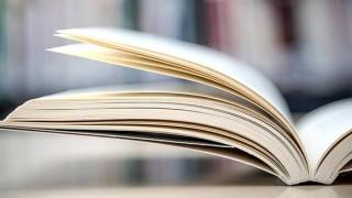 """1.500 de copii din mediul rural constănţean primesc """"Prima carte"""""""