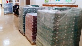 Primăria Constanța a început distribuirea cadourilor pentru copiii din oraș