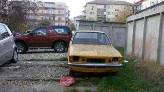 A început vânătoarea de rable! Mașinile abandonate, ridicate de pe stradă