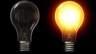 Comunele românești încă se luptă cu întunericul! Electricitatea, un lux!