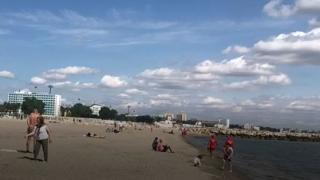 1 iunie la mare. Bucurie pentru părinţi şi cei mici de Ziua Copilului