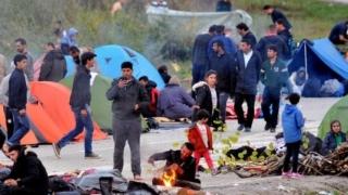 Migranți blocați în Bosnia caută o rută alternativă prin România