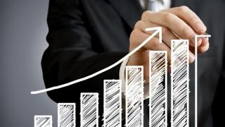 Se anunță un nou an cu creștere economică. Va fi resimțită și de români?