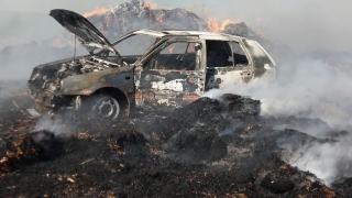 Autoturism în flăcări în localitatea Ciobanu