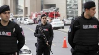 Mai mulţi judecători turci au primit mandate de arestare după tentativa de lovitură de stat