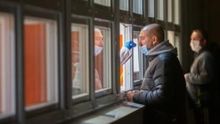 45.000 de noi contaminări cu SARS-CoV-2 în Germania