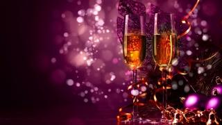 50% dintre români sărbătoresc Revelionul acasă