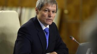 Premierul Cioloș nu își va lua concediu în această vară