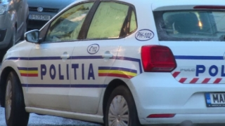 Cinci persoane rănite, în urma coliziunii a două autovehicule