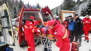 Exercițiu de salvare a unor persoane surprinse de avalanșă în Caraș-Severin