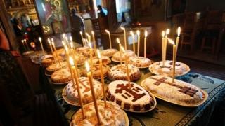 Moșii de iarnă. Tradiții și obiceiuri de sâmbăta morților
