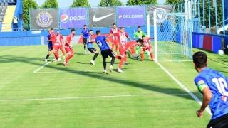Primul meci de fotbal pe noul stadion din Arad