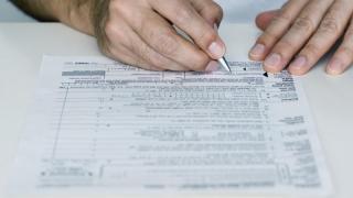 ANAF nu renunță la declarațiile fiscale pe hârtie