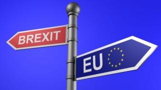 """CE avertizează Marea Britanie să își achite """"nota de plată"""" înainte să iasă din UE"""