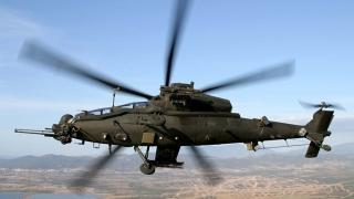 Un elicopter militar turcesc a aterizat în Grecia. Echipajul a cerut azil politic