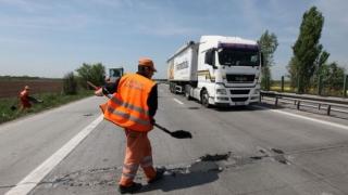 CNAIR n-a terminat reparațiile la autostrada A2 în termen. Traficul rămâne restricționat