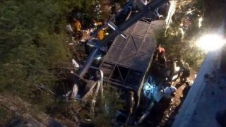 Tragedie! Zeci de morți și răniți într-un accident de autocar