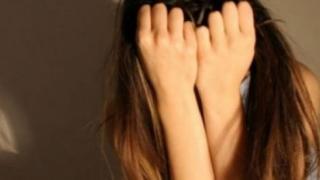 Clipe de groază! O fetiță a fost violată de tatăl ei timp de un an