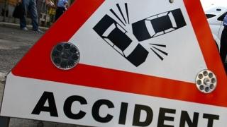 Fetiță rănită într-un carambol cu trei mașini, la ieșirea din Constanța