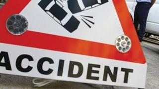 Accident cu trei autoturisme,  pe bulevardul Aurel Vlaicu! O persoană a fost rănită!