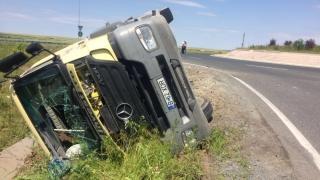 Accident grav în județul Constanța! Camion răsturnat!