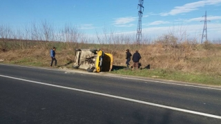 Accident rutier în județul Constanța! O mașină s-a răsturnat!