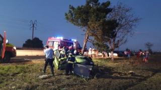 Accident mortal după ce a intrat cu mașina într-un copac