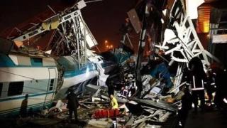 Grav accident feroviar la Ankara: 4 morți și zeci de răniți!