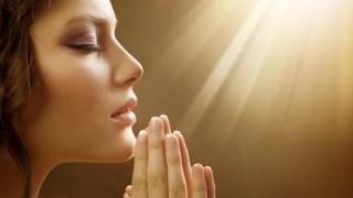 Această rugăciune ÎNDEPLINEȘTE DORINȚELE dacă o rostiți astăzi!
