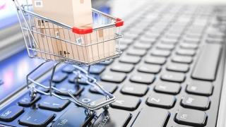 Românii, codașii UE la achiziții online