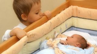 Sporul natural rămâne negativ, deși s-au născut mai mulți copii