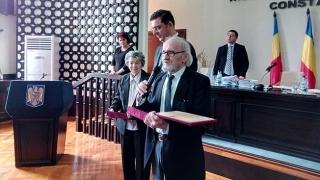 Cei mai longevivi actori de la malul mării, cetățeni de onoare ai județului