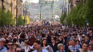 Marș în Budapesta, pentru susținerea Uniunii Europene