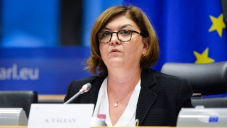 Adina Vălean - răspuns nesatisfăcător, imprecis şi neconvingător