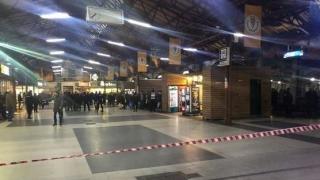 Alarmă falsă la Aeroportul Otopeni și Gara de Nord. Ce a declarat apelantul poliției