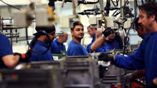 Afacerile din industrie au crescut cu 4,3%