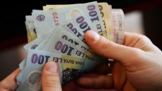 Impozite mai mici, contrate de salariile mai mari