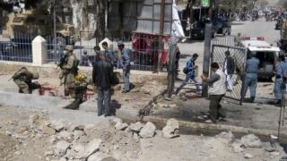Cel puţin 11 morţi şi 40 de răniţi într-un atac sinucigaş în Afganistan