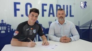 Portarul Agachi va juca la FC Farul