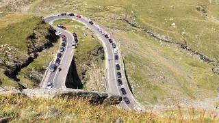 Trafic îngreunat pe Transfăgărășan, din cauza aglomerației