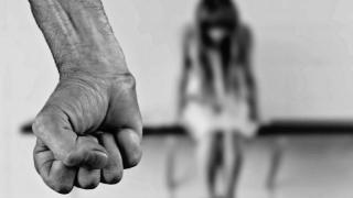 Agresorii care se împacă cu victima, scutiți de răspunderea penală?