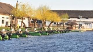 Pescuiţi? A început sezonul turistic în Deltă!