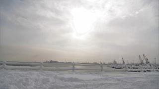 După ce a înghețat marea, și Dunărea a făcut sloiuri la Galaţi şi Brăila