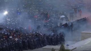 Proteste violente în Albania, faţă de regimul prim-ministrului Edi Rama
