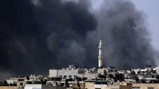 Cel puțin 42 de morți, într-un raid aerian asupra unei moschei de lângă Alep