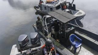 Cine este marinarul român răpit de piraţii nigerieni!