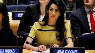 Amal Clooney apără doi jurnaliști încarcerați în Myanmar