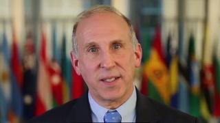 Ambasadorul SUA la Chişinău: Unirea Republicii Moldova cu România nu este o alegere practică