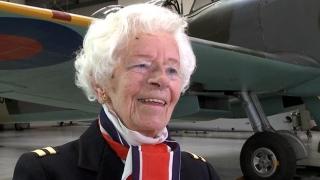 A MURIT una dintre ultimele femei pilot din cel de-Al Doilea Război Mondial