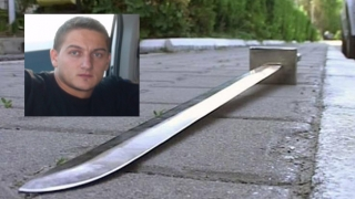 Polițistul tăiat cu sabia, în comă profundă